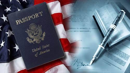 """美国限制合法移民的""""公共负担""""新规出台,哪些人将受影响?"""